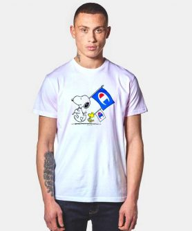 Champion X Peanuts Snoopy And Woodstock Flag T Shirt